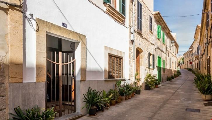 Erdgeschosswohnung In Der Altstadt Von Alcudia Zu Verkaufen